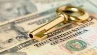 Gold key to success on U.S. dollar