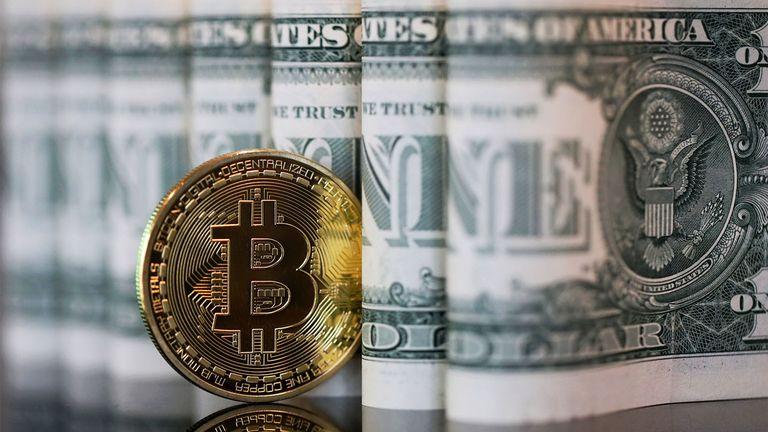 Lawmakers split on merits of U.S. central bank digital currency