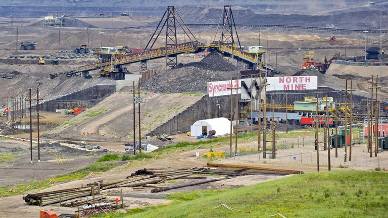 New York state pension fund limits oil sands investments