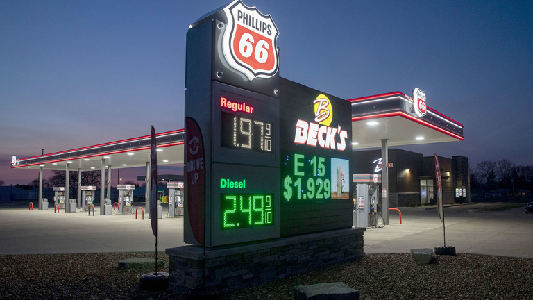 Climate resolutions prevail at Phillips 66 – but not at BP
