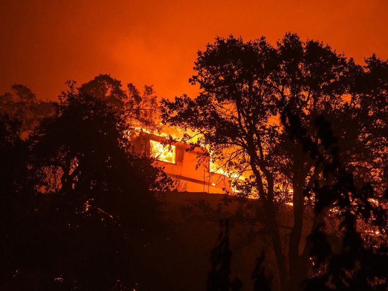 U.S. agency report warns of climate change risk to markets