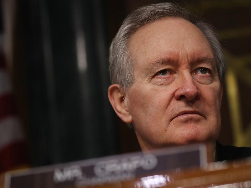 Senate panel calls for more scrutiny of ESG investing
