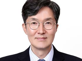 Headshot of Dong Hun Jang