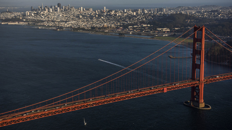 The Golden Gate Bride and the San Francisco skyline