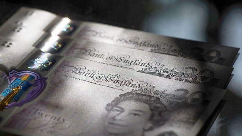British 20 pound notes