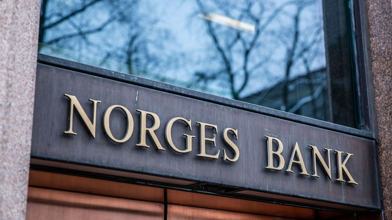 A sign sits on the window of the Norges Bank building in Oslo, Norway, on Feb. 5, 2019